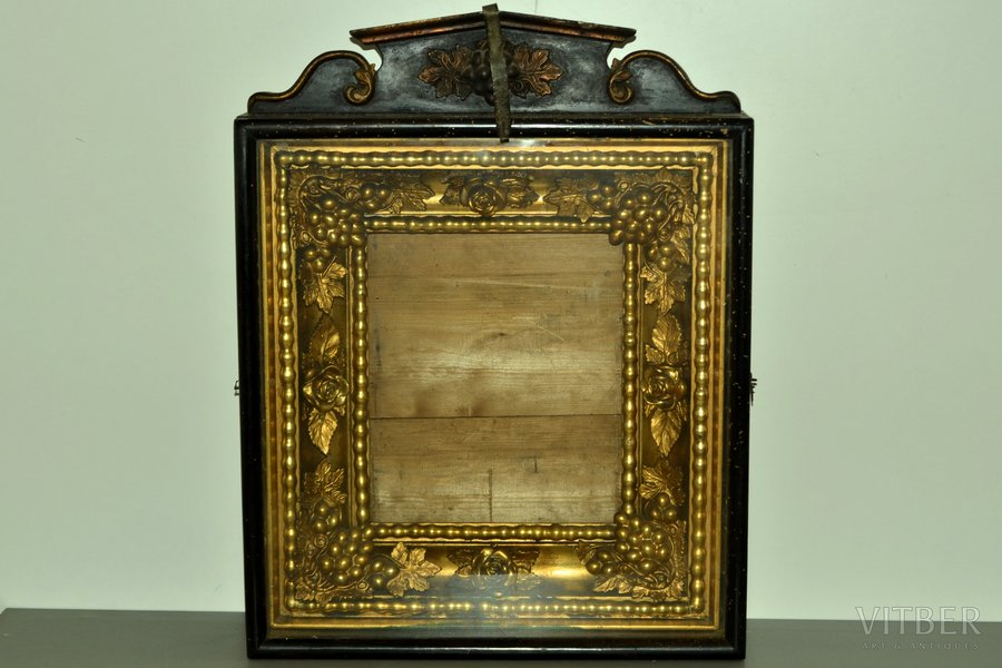 icon case, (icon not included), for the icon size 31.2 x 26.6 cm (item 59008), guilding, wood, Russia, 64.7 x 50.8 x 13 cm