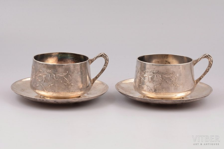two tea pairs, Boulenger, silver plated, France, h (cup) 7 cm, Ø (saucer) 14.5 cm