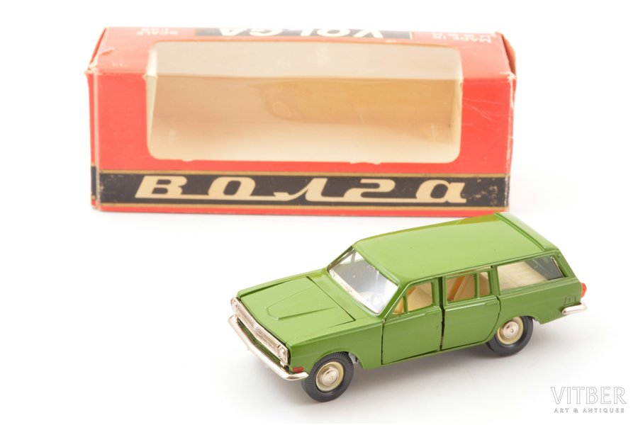 car model, GAZ 24 02 Volga Nr. A13, metal, USSR, 1982