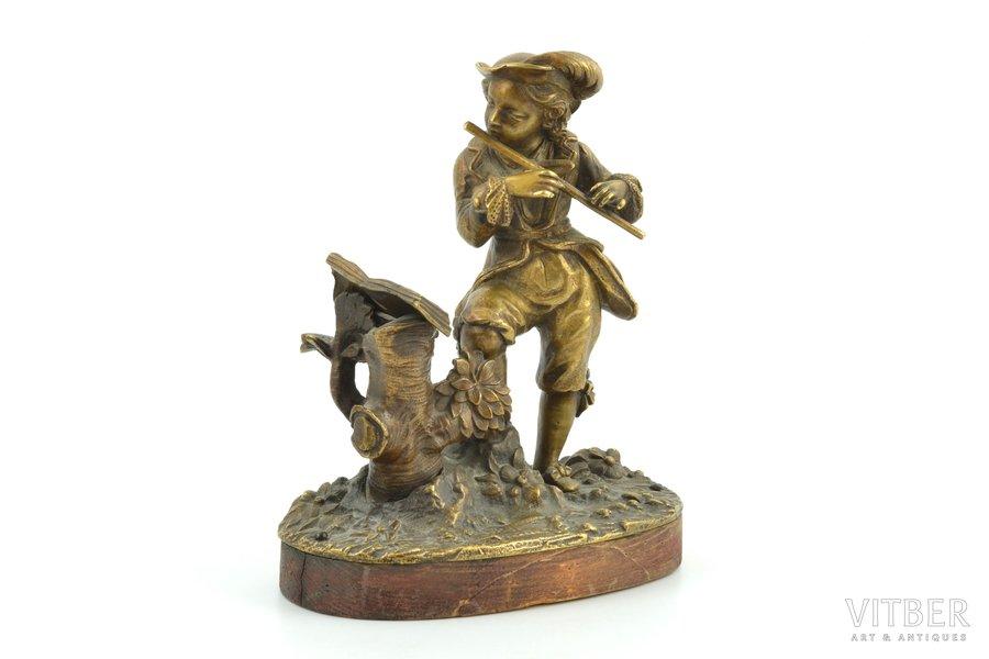 figurine, Flute player, bronze, h 15.5 cm, weight 1027.40 g.