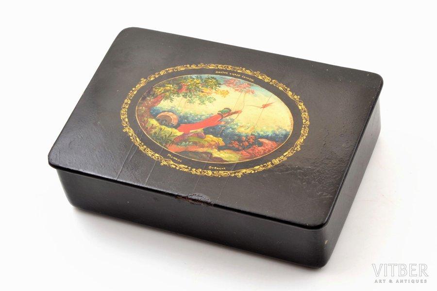 "case, ""The Tale of Tsar Saltan"", Mstera, by artist Snyatkov, papier mache, USSR, the 50-60ies of 20th cent., 15.5 x 10.4 x 4.6 cm"