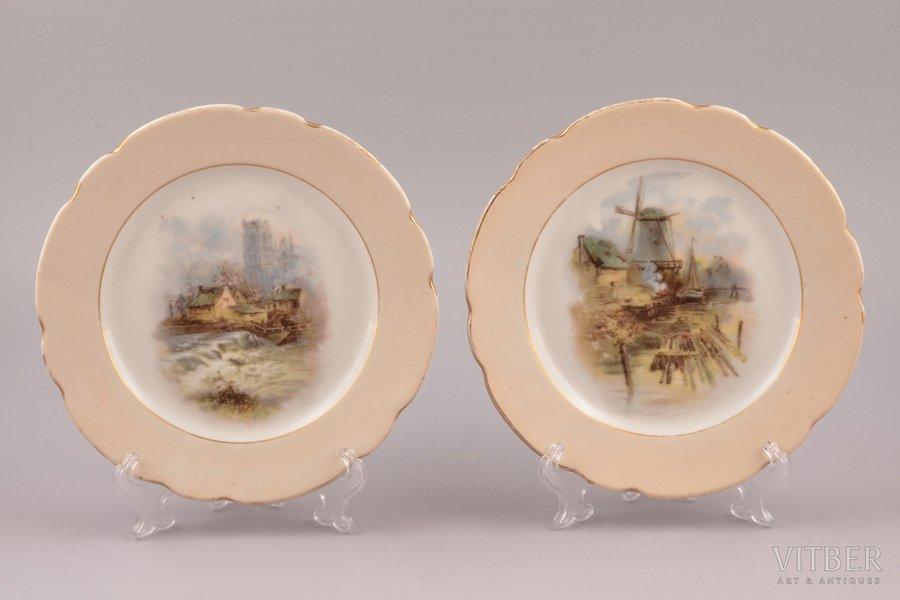 "pair of plates, trading house ""Alexander Nicolaiewitsch Dugin"", Orel, porcelain, Russia, Ø 17.9 cm"