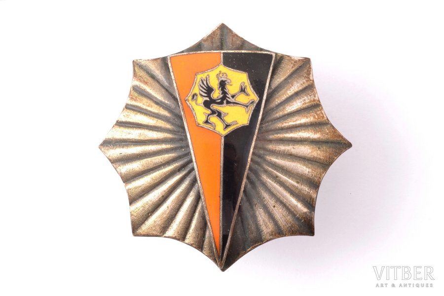 officer's badge, 8th Tank (Armoured) battalion, copy of Panasiuk's workshop in Warszaw, Poland, 44 x 44.4 mm