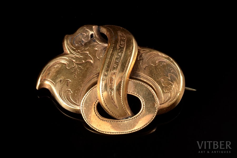 a brooch, gold, 56(?) standart, 7.59 g., the item's dimensions 3.3 x 4.4 cm, Russia(?)