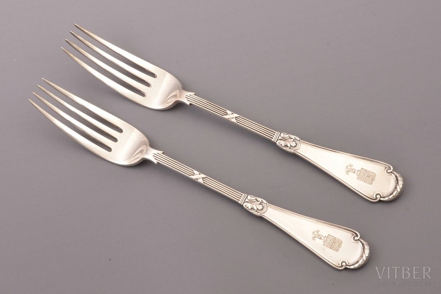 """pair of forks, silver, 84 standart, 1896-1907, total weight of items 190.85g, """"Fabergé"""", Moscow, Russia, 22.7 cm"""