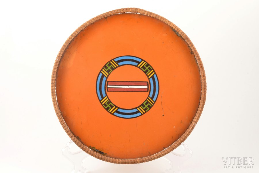 tray, emigration, wood, Latvia, the 50ies of 20th cent., Ø 25.4 cm