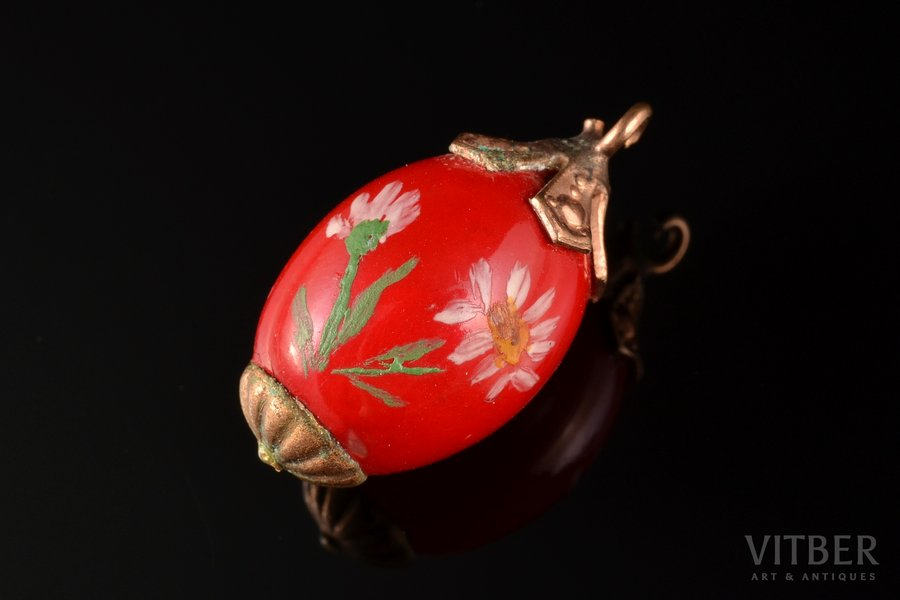 """a pendant, in the shape of egg, """"ХВ"""", 2.60 g., the item's dimensions 2.2 cm"""