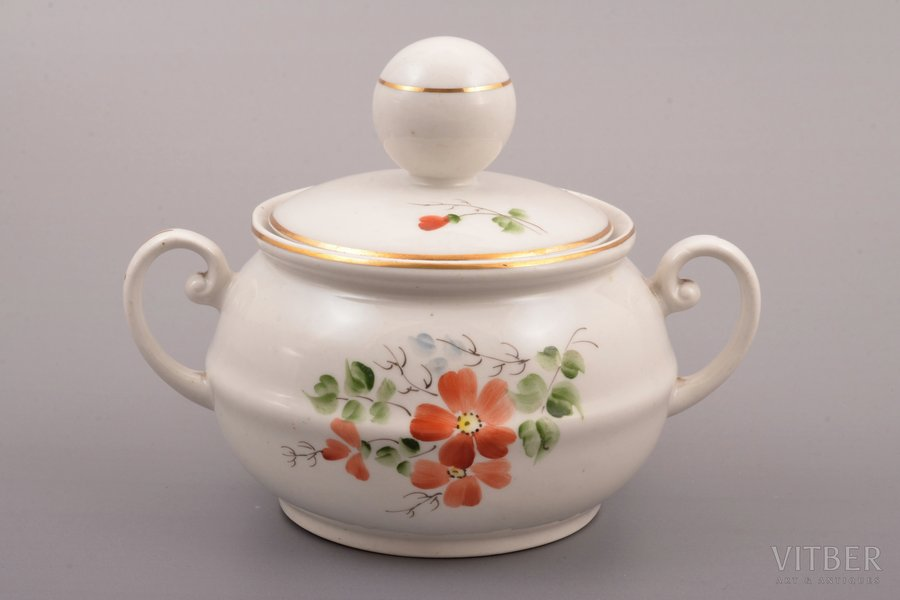 """sugar-bowl, from service """"Ping-Pong"""", porcelain, Rīga porcelain factory, hand-painted, Riga (Latvia), USSR, 1948-1970, h (with lid) 11.9 cm, second grade"""