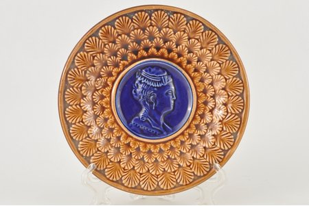decorative plate, Vinogradov, Russia, the 2nd half of the 19th cent., 17.5 cm