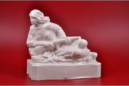 figurine, The Machine gunner, porcelain, Riga (Latvia), USSR, sculpture's work, molder - Martins Zaurs, 1957, 20 cm