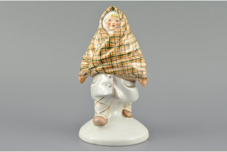 figurine, Girl with headscarf, porcelain, Riga (Latvia), USSR, Riga porcelain factory, handpainted by Mirdza Januza, molder - Augusta Silina, the 40ies of 20th cent., 15 cm, first grade
