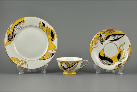 tea trio, sculpture's work, M.S. Kuznetsov manufactory, handpainted by Irina Sochevanova, sketch by Romans Suta, Riga (Latvia), 1937-1940, Ø 19.5 / 15 / 10 cm