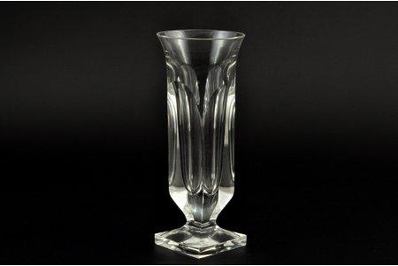 vase, Moser, Czech Republic, the 20th cent., h = 15.8 cm