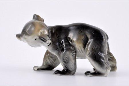 figurine, Bear, porcelain, Riga (Latvia), USSR, Riga porcelain factory, molder - Elmars Rivoshs, the 40ies of 20th cent., 9.5 cm