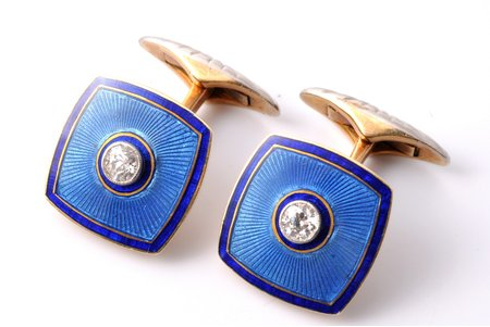 cufflinks, gold, enamel, 56 standart, 10.75 g., the item's dimensions 1.5 x 1.5 cm, diamonds, 0.3 - 0.35 ct, 1908-1917, Seventh Moscow Artel, Moscow, Russia