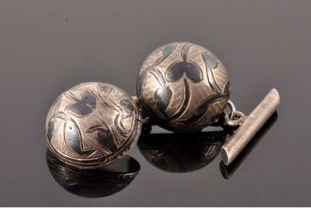 cufflinks, niello enamel, silver, 84 standart, 9.35 g., the item's dimensions Ø 1.7 cm, the end of the 19th century, Russia