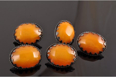 buttons, 5 pcs., silver, 875 standart, 12.45 g., the item's dimensions 2.25 x 1.75 cm, amber, the 20-30ties of 20th cent., Latvia