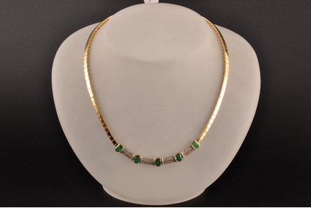 necklace, gold, 585 standart, 31.88 g., the item's dimensions Ø ~ 13 cm, brilliants, emeralds (~ 4 x 6 mm), the 90ies of 20th cent., certificate of quality by Assay Office of Latvia