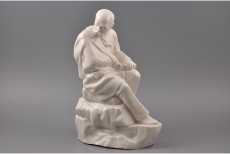 figurine, Taras Shevchenko, porcelain, Riga (Latvia), sculpture's work, the 50ies of 20th cent., h 29.3 cm
