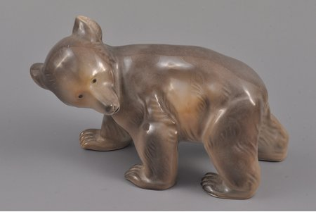 figurine, Bear, porcelain, Riga (Latvia), USSR, M.S. Kuznetsov manufactory, the 20-30ties of 20th cent., 16.3 x 6.9 x 9.1 cm