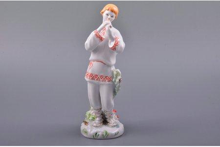 """statuete, """"Lels"""", porcelāns, PSRS, LFZ - Lomonosova porcelāna rūpnīca, gleznojuma autors - L.I.Grigorjeva, modeļa autors - S.B. Velihova, 20 gs. 50tie gadi, 20 gs. 60tie gadi, 19 cm"""
