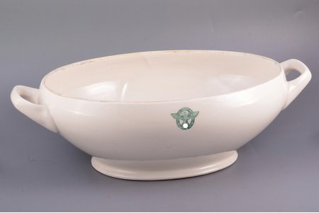tureen, Third Reich, 37.7 x 23 x 11.2 cm, Riga Ceramics factory, Latvia, Germany, the 40ies of 20th cent.