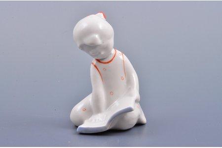 figurine, Girl with a book, porcelain, Riga (Latvia), USSR, Riga porcelain factory, molder - Pavlovskaya N., the 60ies of 20th cent., 8 cm, first grade