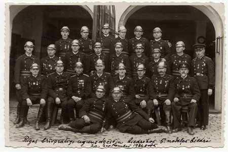 photography, Riga Voluntary Firefighters society, members of 5th department, Latvia, 1936, 13.3 x 8.8 cm