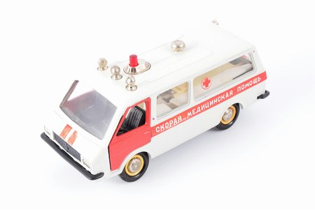 "car model, RAF 2203 Nr. A18, ""Ambulance"", dividing wall with glass, metal, USSR, 1983-1987"