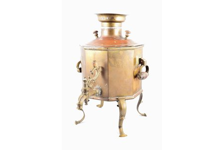 "portable samovar, Alexey Gutkov in Tula, shape ""faceted cilinder"", brass, Russia, h 35.7 cm, weight 3000 g"