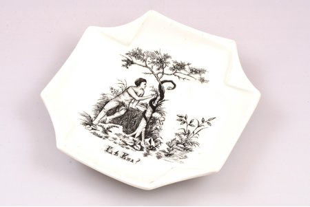 """ashtray, """"Where is Eve?"""" (""""Где Ева?""""), porcelain, Russia, the end of the 19th century, 13.2 x 13.3 cm"""