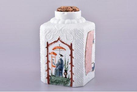 """чайница, """"Чай кяхтинский"""", молочное стекло, восточный сюжет, Российская империя, начало 20-го века, h 12.8 см, отсутствует крышка, сколы на горлышке"""
