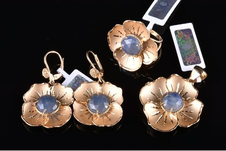 """a set of ring, earrings and pendant, """"Flowers"""", gold, 585, 14 К standart, the size of the ring 17.75, sapphire, ~14.0 ct, total weight 20.02 g: earrings 9.21 g, ring 5.54 g, pendant 5.27 g, pendant size 4.1 x 3.1 cm, earrings 4.1 x 2.4 cm, with certificate of Assay Office of Latvia"""