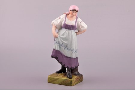 figurine, Dancer, porcelain, Russia, Gardner manufactory, the beginning of the 20th cent., 20.2 cm
