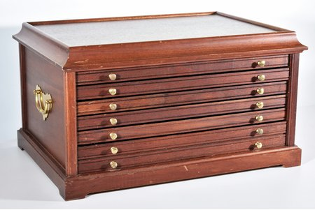 coin cabinet, 6 drawers, 5 drawers with place for 100 (5x20) coins + 1 drawer, brass, mahogany, 29 x 52.2 x 37.5 cm