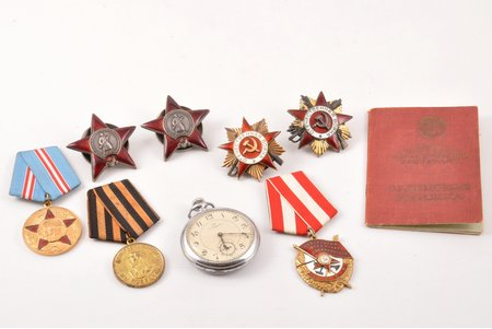 set of awards with certificate, 2 Orders of the Patriotic War (Nº 146497, 1st class, Nº 1298152, anniversary awarding); 2 Orders of the Red Star (Nº 2259930, Nº 1937857), the Order of the Red Banner Nº 372921, medal 50 years of the Armed Forces of the USSR, medal For victory over Germany, reward pocket watch, with a document, USSR, 1944, 1968, enamel chips (the Orders of the Red Star), 10, 7 and 2 o'clock