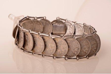 aproce, no 15 kapeiku monētām (1908-1915), sudraba billons (500), 61.40 g., Krievijas impērija, rokassprādzes garums 23 cm