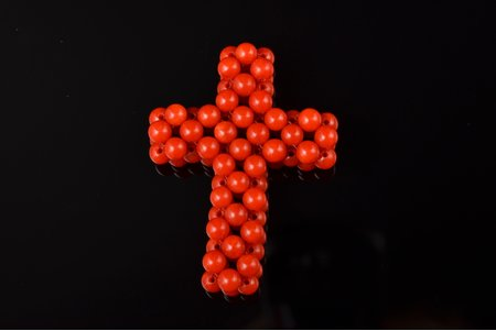 a cross, Sard coral, top class, 4.62 g., the item's dimensions 3.6 x 2.7 x 0.8 cm, coral
