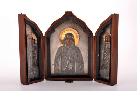 icon with foldable side flaps, Saint martyr Kapitolina, Mother of God, Jesus Christ Pantocrator, board, silver, painting, guilding, wood, 84 standart, Russia, 1908-1917, 17.4 x 24.8 x 2 / 17.4 x 12.4 x 4 cm