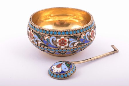 saltcellar, spoon for salt, silver, 88 standart, cloisonne enamel, gilding, 1880-1890, total weight of items 22.55g, workshop of Pavel Ovchinnikov, Moscow, Russia, Ø 4.6 cm