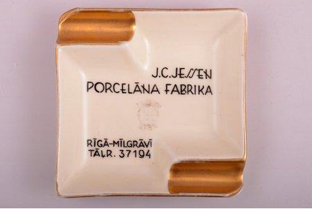 пепельница, реклама, фарфор, фабрика Карла Якоба Ессена, Рига (Латвия), 1936-1939 г., 9.2 x 9.2 см, люкс (ЗОЛОТОЕ КЛЕЙМО) сорт