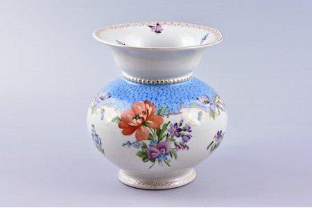 vase, porcelain, Riga Ceramics Factory, signed painter's work, handpainted by Yegor Morozov, Riga (Latvia), 1946-1947, 14 cm, neck restoration