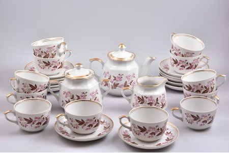 "service, ""Karina"" (12 persons), porcelain, Rīga porcelain factory, Riga (Latvia), USSR, the 80ies of 20th cent., first grade"