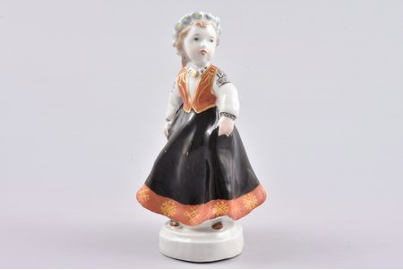 figurine, folk dance, porcelain, Riga (Latvia), USSR, sculpture's work, Riga porcelain factory, molder - Leja Novozeneca, the 50ies of 20th cent., 11.5 cm