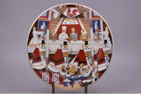 "decorative plate, ""Wedding"", faience, M.S. Kuznetsov manufactory, handpainted by Inese Margevica, sketch by Romans Suta, Riga (Latvia), 2020, Ø 36.9 cm"
