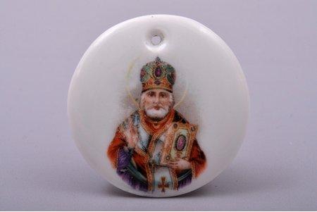 icon-medallion, Saint Nicholas the Miracle-Worker, porcelain, M.S. Kuznetsov manufactory, Riga (Latvia), 1937-1940, Ø 3.9 cm, first grade