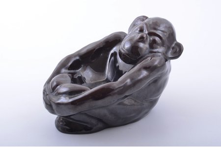 "figurine, ashtray, ""Monkey"", ceramics, Riga (Latvia), M.S. Kuznetsov manufactory, the 20-30ties of 20th cent., h 11.8 cm"