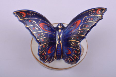 figurine, Butterfly, porcelain, Riga (Latvia), USSR, Riga porcelain factory, the 50ies of 20th cent., h 4.8 cm, restoration