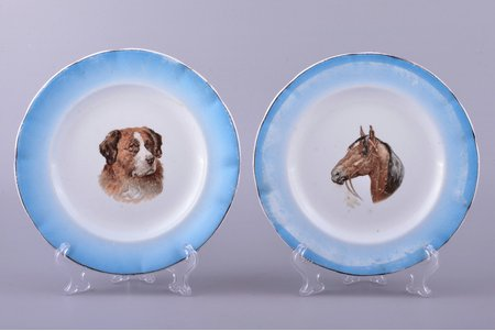 pair of plates, K.P.M. Dreylingsbusch, faience, M.S. Kuznetsov manufactory, Riga (Latvia), Russia, the border of the 19th and the 20th centuries, Ø 17.4 cm