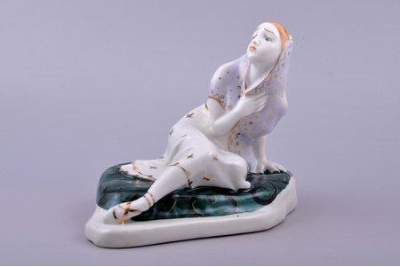 """statuete, Marija no baleta """"Bahčisarajas strūklaka"""", porcelāns, PSRS, LZFI - Ļeņingradas porcelāna izstradājumu rupnīca, modeļa autors - A. Kiseljovs, h 13.6 cm"""